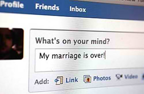 Relationships on Facebook: How the Social Media Giant is Changing the Way We Relate