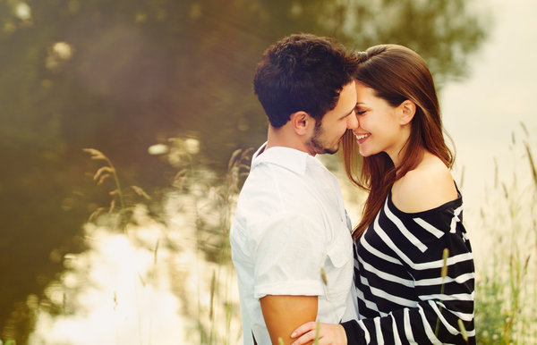 Happy Couples Do These 10 Things Every Day